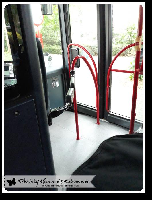 Ein Blick in den Busgang.